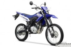 2012-Yamaha-WR125R-EU-Racing-Blue-Studio-001_gal_full