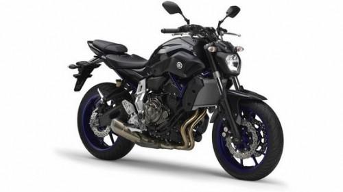 2014-Yamaha-MT-07-EU-Race-Blu-Studio-001_gal_full