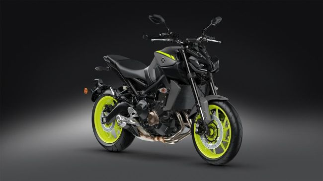 2018-Yamaha-MT-09-EU-Night-Fluo-VR360-035